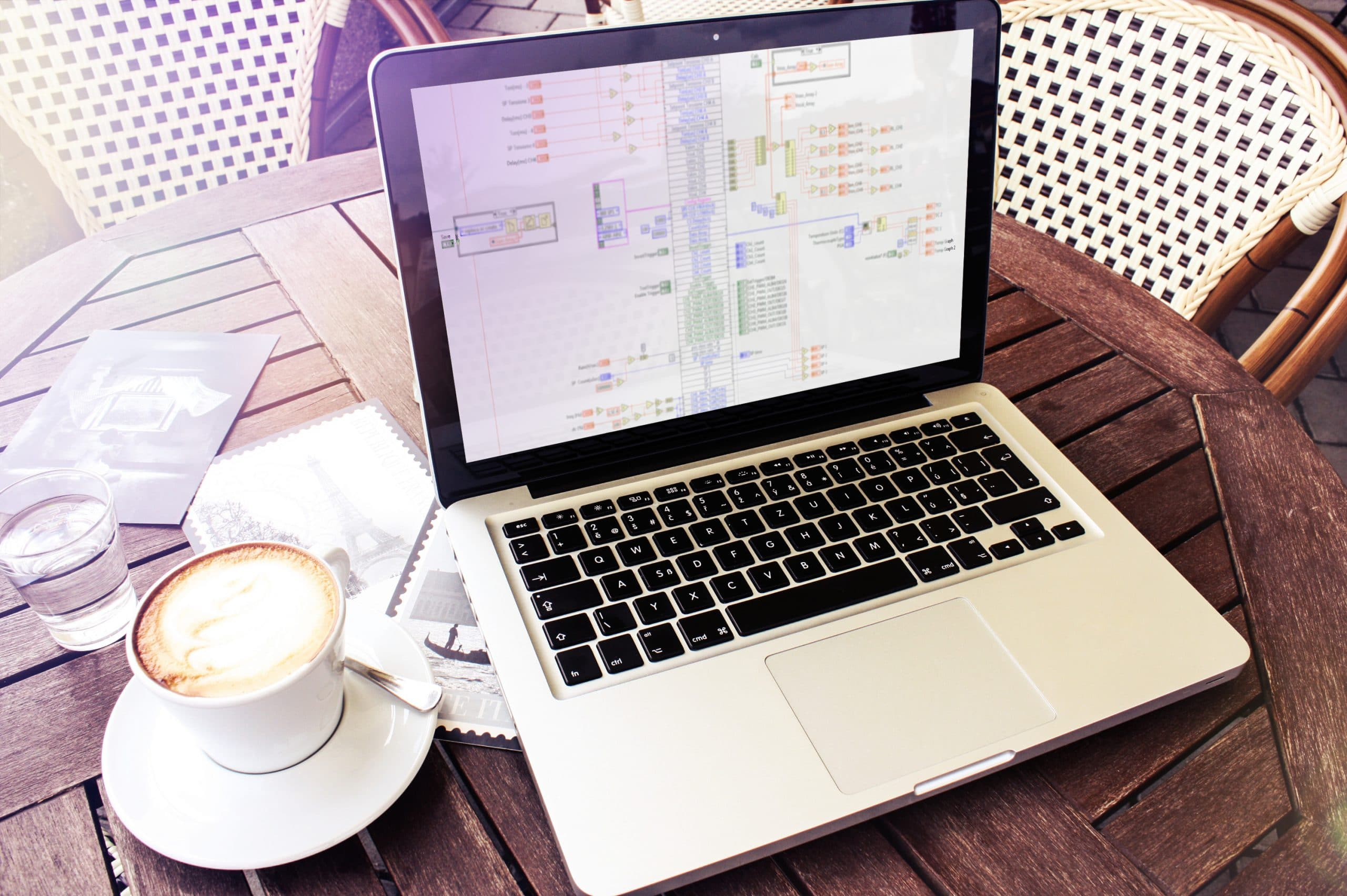 mockDrop_MacBook Pro(1)